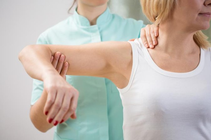 Shoulder Stiffness Exercises After Clavicle Fracture