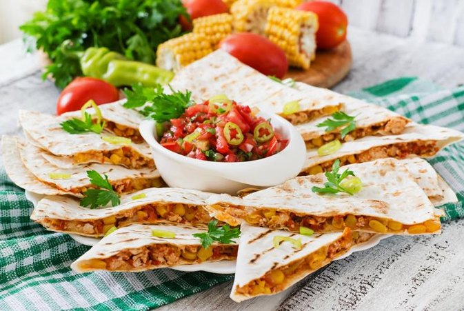 Nutrition Information on Chili's Quesadilla Explosion Salad