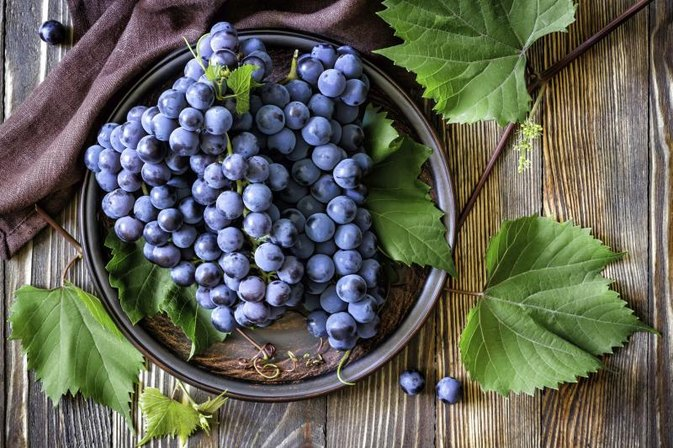 Negative Effects of Eating Grapes