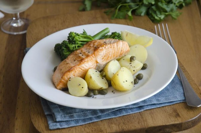 A Healthy, High-Protein, Weight-Loss Diet for Adults Over 50