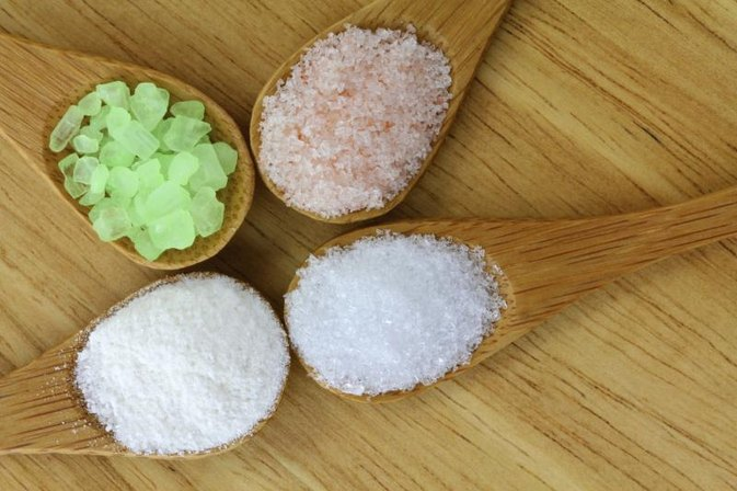 What Is Difference Between Epsom Salts and Table Salt?