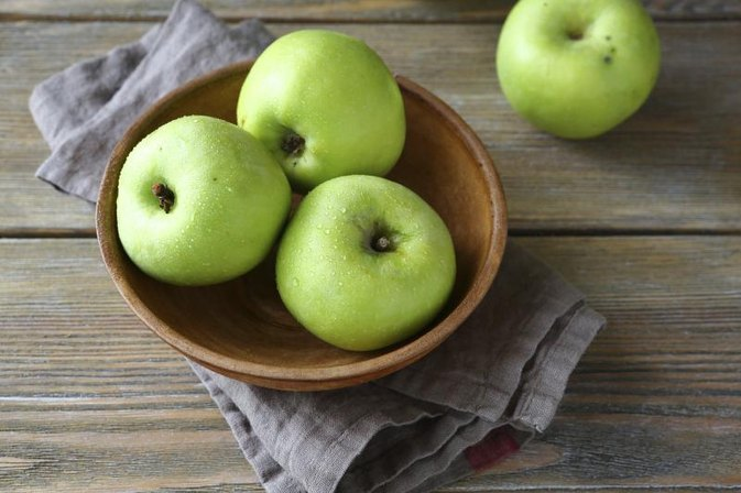 Can Eating Too Many Apples Hinder Weight Loss?