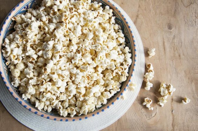 Air-Popped Popcorn Vs. Microwave Popcorn