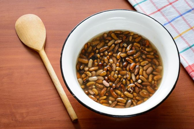 How to Cook Dry Beans in a Microwave