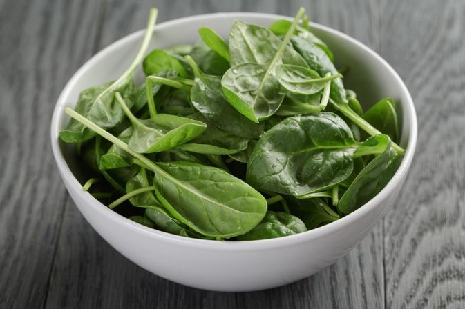 Does Fresh Spinach Cause Bloating?