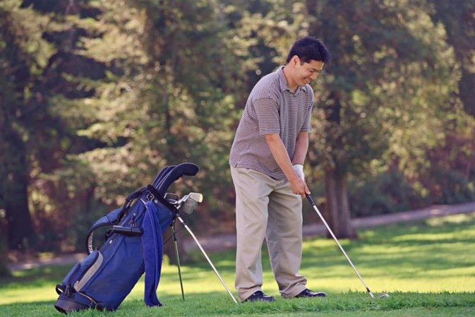 The Advantages of a Flat Backswing