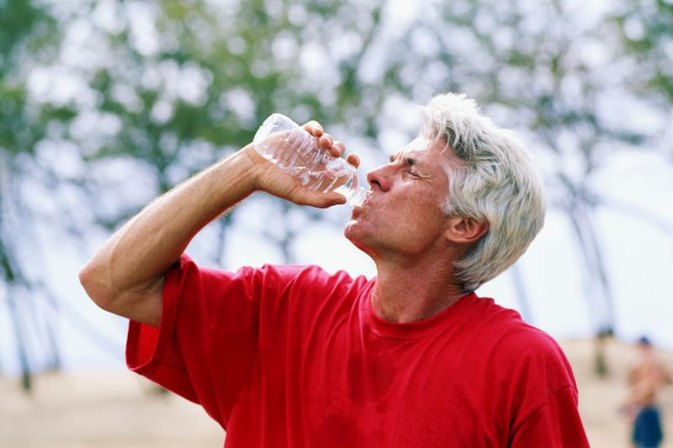 What Are the Benefits of Drinking Bottled Water?
