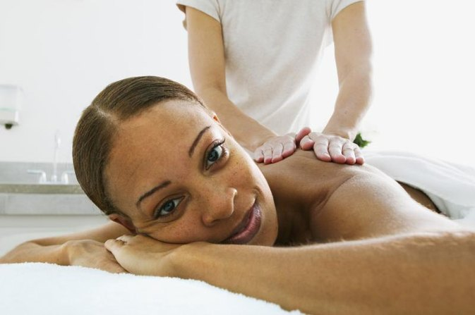 The Difference Between Swedish Massage & Deep Tissue Massage