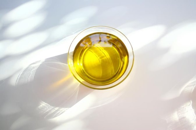Mineral Oil Vs. Vegetable Oil