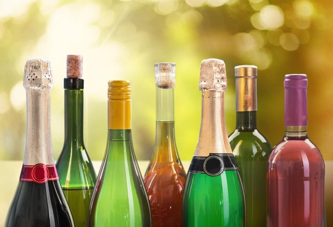 How Many Calories are in Wine, Beer and Liquor?