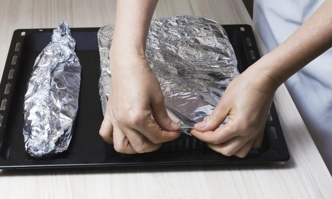 How to Cook Frozen Fish in Foil
