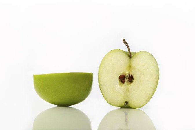 Vitamin B17 and Apple Seeds