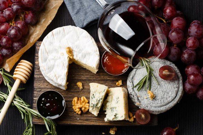 This Myth About Low-Fat Cheese Just Got Obliterated