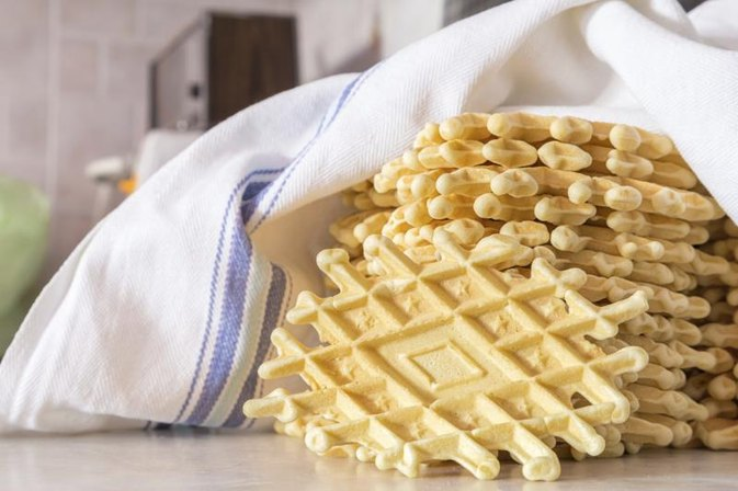 How to Make Pizzelle Crisp in High Humidity