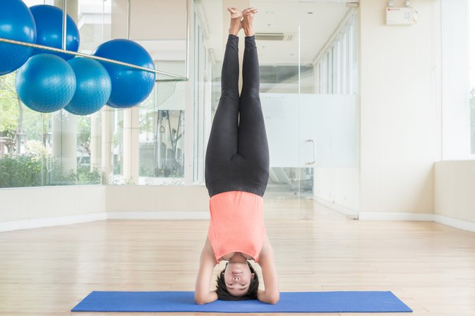 How To Conquer Your Fear Of Headstand Once And For All