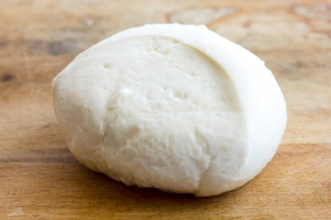 Calories in Fresh Mozzarella Cheese