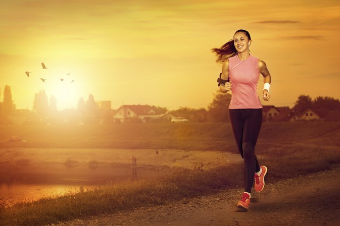 How Much Running Is Healthy for a Teenage Girl?