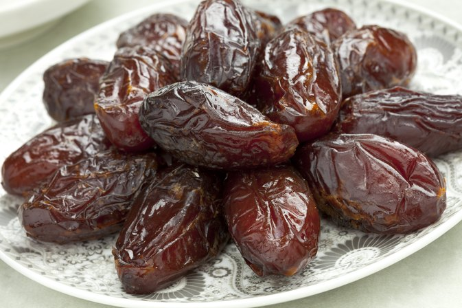 dates fruit eskort real