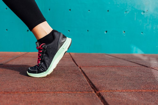 Is Power Walking Better Than Running to Lose Weight?