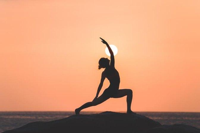 434032 Difference Between Yin Yoga Vs Hatha Yoga on Sports Writing