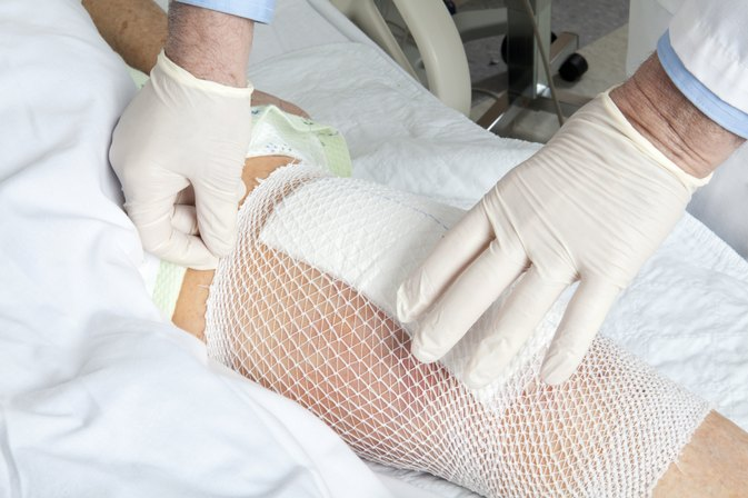 What Are the Symptoms of a Failing Knee Replacement?