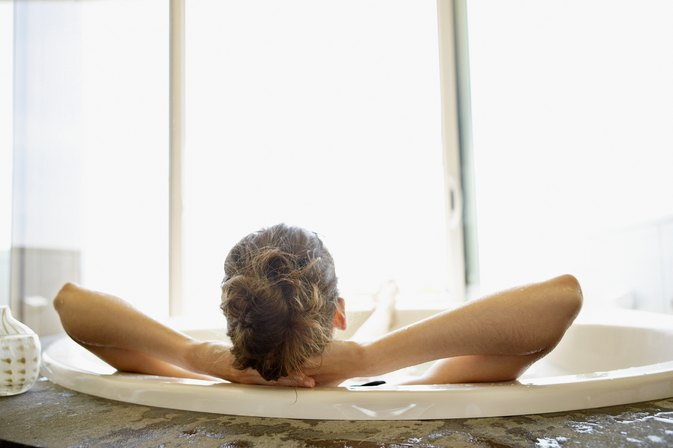 Are There Benefits to Taking a Milk Bath?