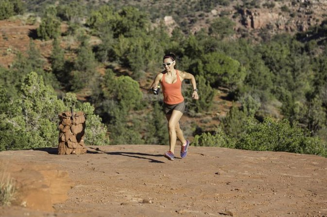 Does Running Hills Flatten Your Stomach?