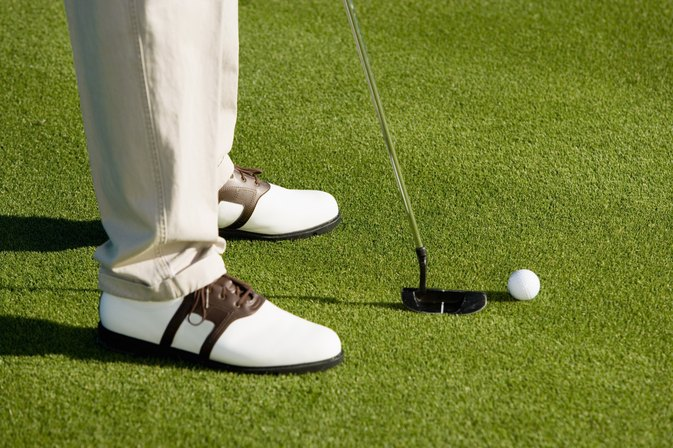 The Best Golf Shoes for Plantars