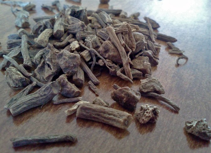 Is it Safe to Take Valerian Root & Melatonin Together?