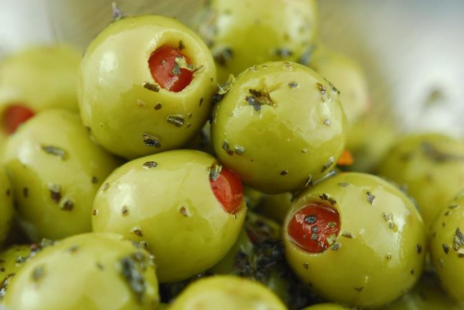 Nutrition Facts for Green Pimento Olives