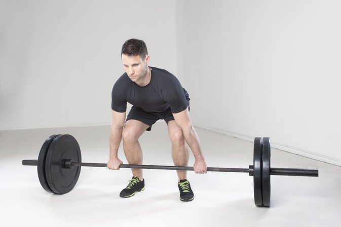 The Best Hand Position for a Deadlift | LIVESTRONG.COM