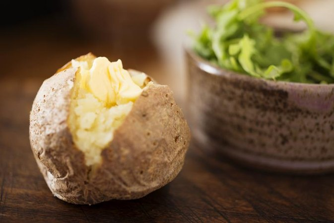 Should I Eat a Baked Potato When Trying to Lose Weight?