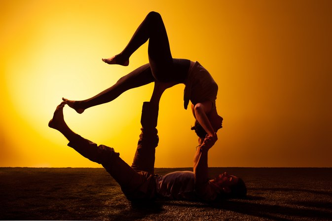 This Yoga Blogger Is Taking Relationship Goals to the Next Level