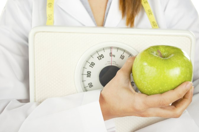 Can Women Eat 1,200 Calories a Day & Lose Weight?