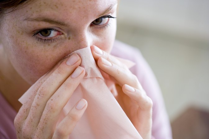 How to Reduce Swollen Nasal Passages Naturally