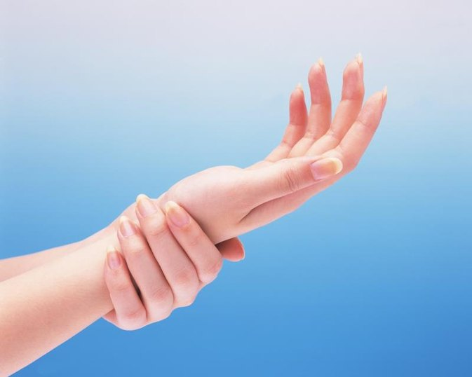How To Measure Wrist Size for Body Frame Measurement | LIVESTRONG.COM