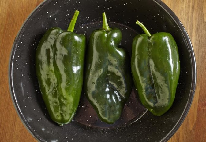 How to Broil Poblano Peppers in the Oven