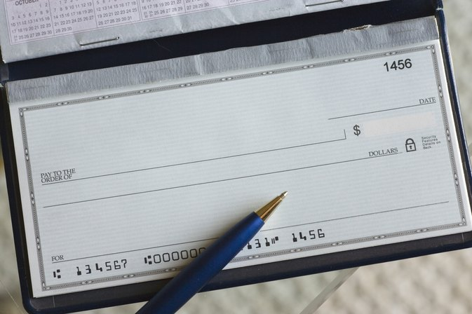 How to Write a Personal Check to Yourself