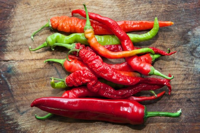 How to Treat Lips That Burn From a Hot Pepper
