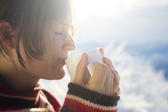 Can Drinking Tea Get Rid of a Stuffy Nose?