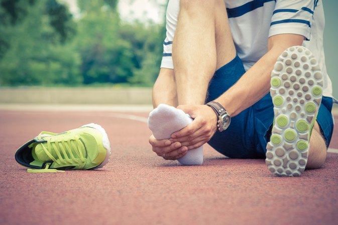 Causes of Foot Arch Pain While Running