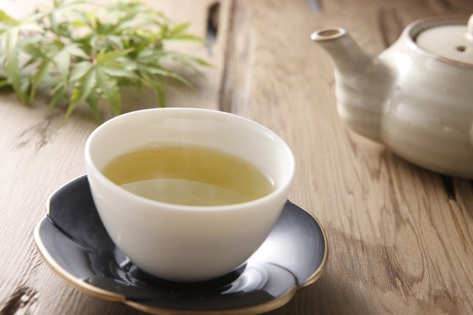 Does Lemon With Green Tea Help Belly Fat?
