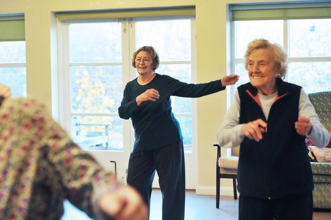 The Importance of Elderly Exercise & Socialization Programs