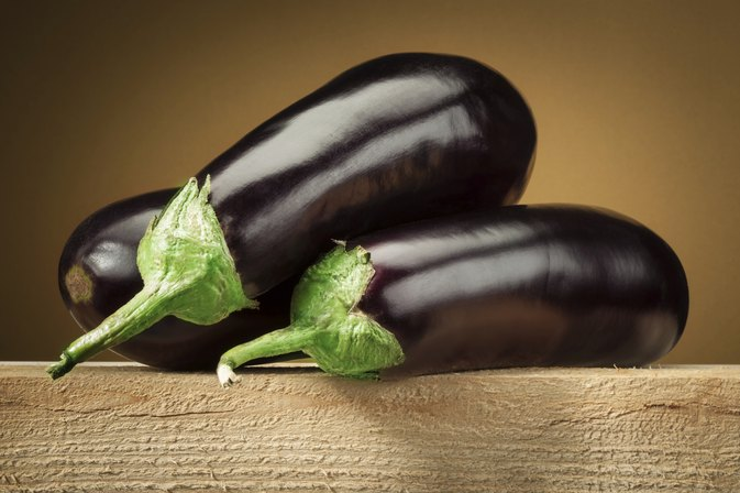 How to Remove Brown Spots With Eggplant