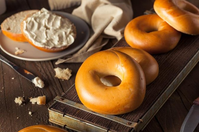 Is a Bagel a Healthy Breakfast Food?