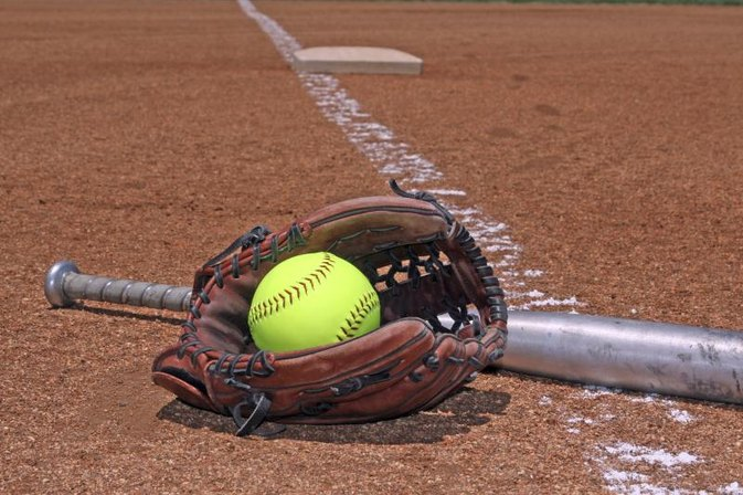 The Best Slowpitch Softballs