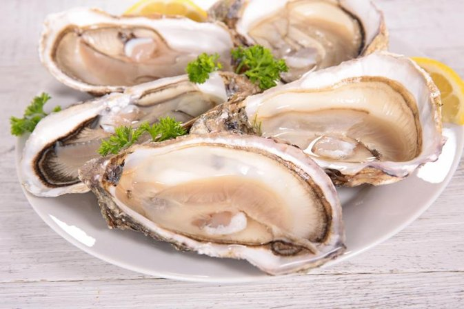 How to Cook Oysters on the Stove