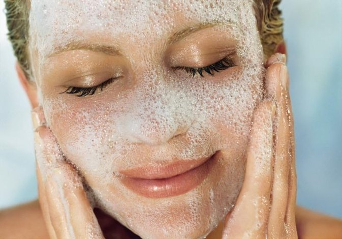 The Best Facial Cleansers for Women