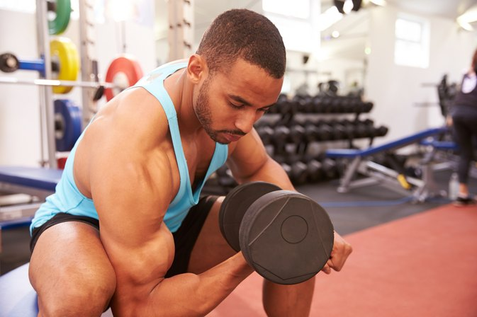 Alternating Vs. Standing Dumbbell Curls
