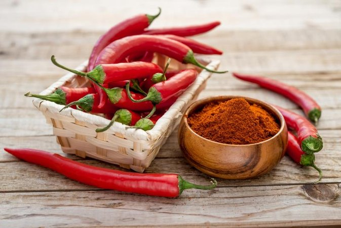 Does Red Cayenne Pepper Thin the Blood?